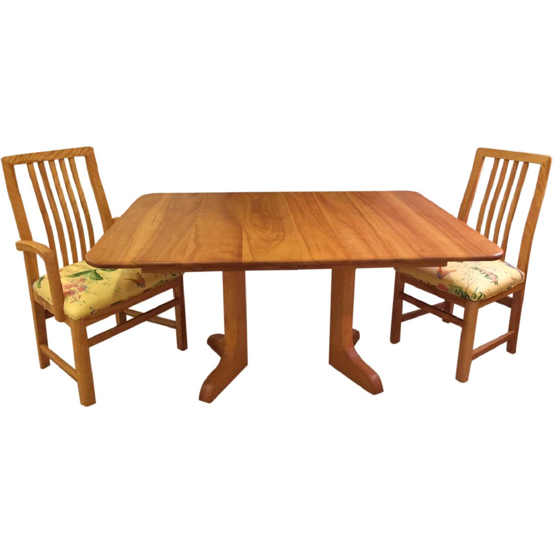 Hardwood artisan 39 s century pedestal dining room table for Dining room tables 0 finance