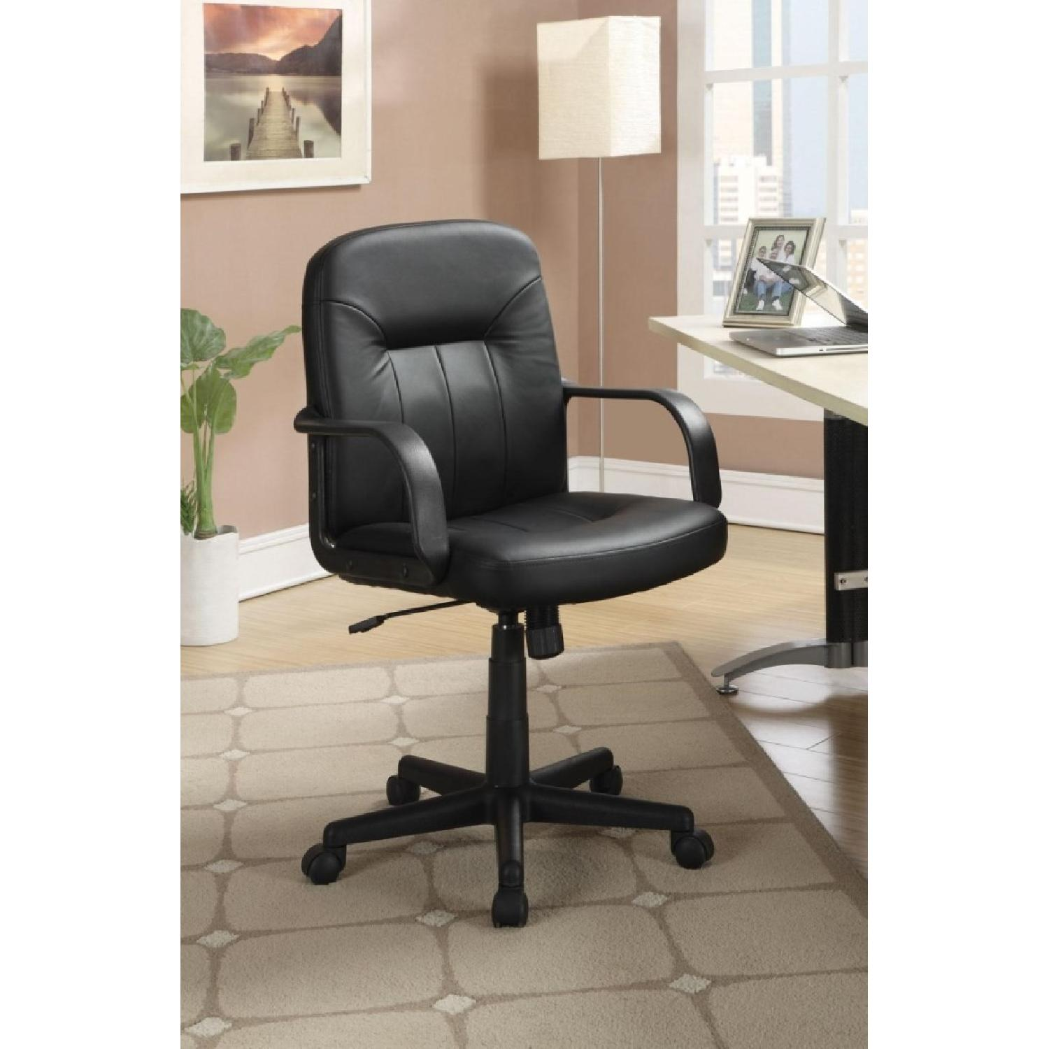 Office Chair in Leather-like Vinyl w/ Arm Rests - image-1