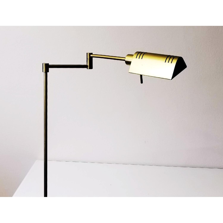 Image of: Holtkoetter Vintage Brass Pharmacy Floor Lamp Aptdeco