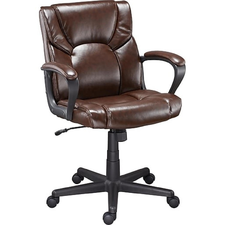 Staples Montessa II Leather Office Chair