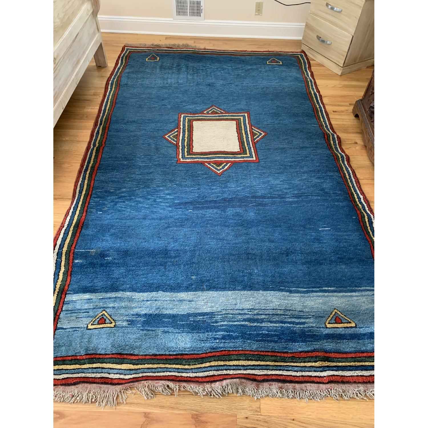 Persian Area Rug in Contemporary Design-1