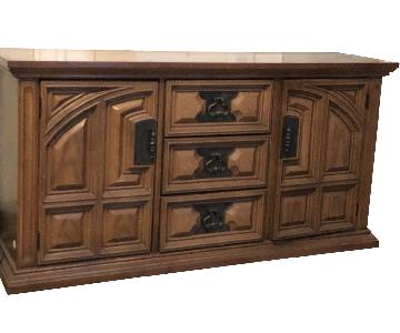 Bassett Furniture Industries Wood Sideboard