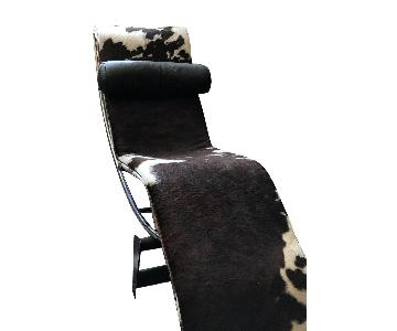 Le Corbusier Cassina LC4 Style Cowhide Chaise Lounge