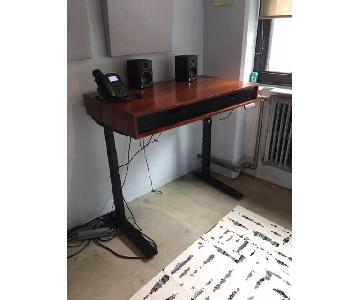 Jarvis Evolve Standing Motorized Desk