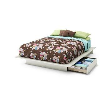 South Shore Platform Bed w/ Molding