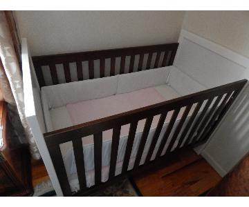 USA Furniture Solid Wood Crib/Toddler Bed