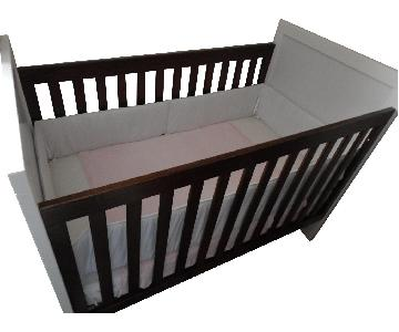 USA Furniture Solid Wood Crib/Toddler Bed