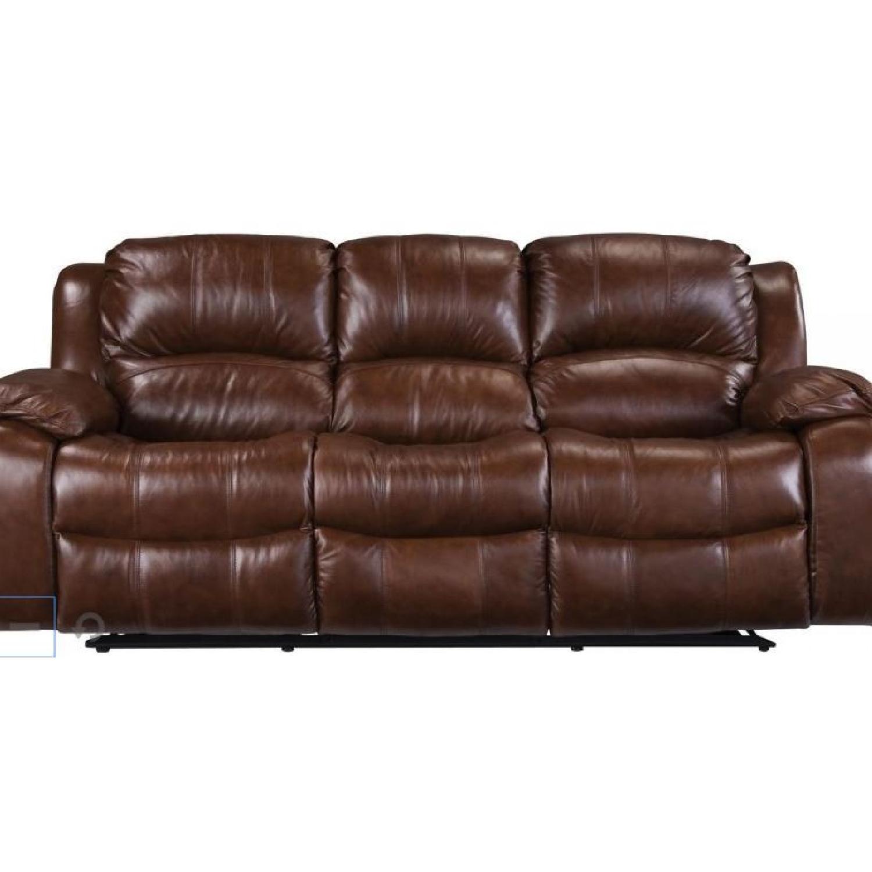 Raymour & Flanigan Bryant II Leather Reclining Sofa