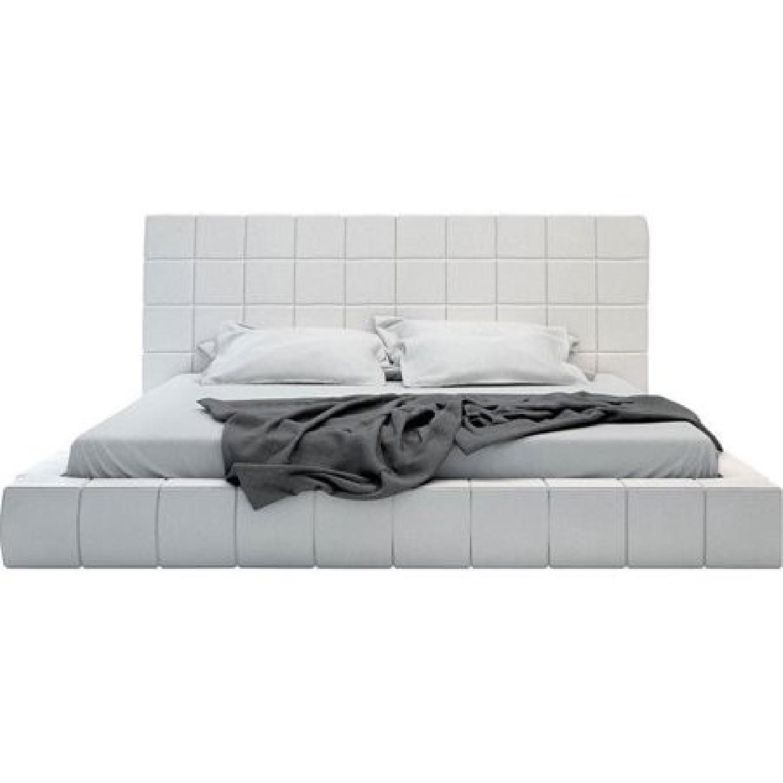 Modloft White Queen Thompson Bed