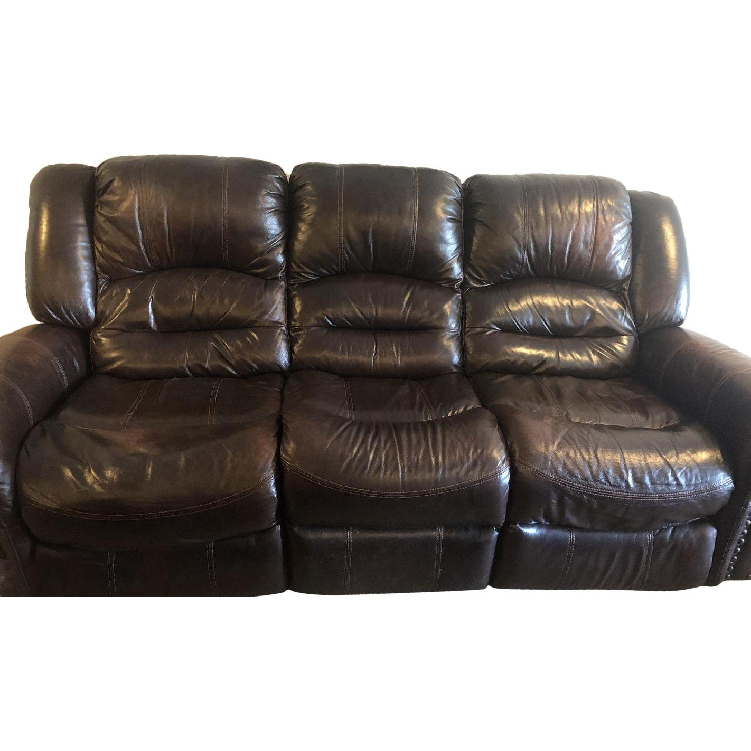 Raymour & Flanigan 3 Seater Leather Electric Recliner - AptDeco