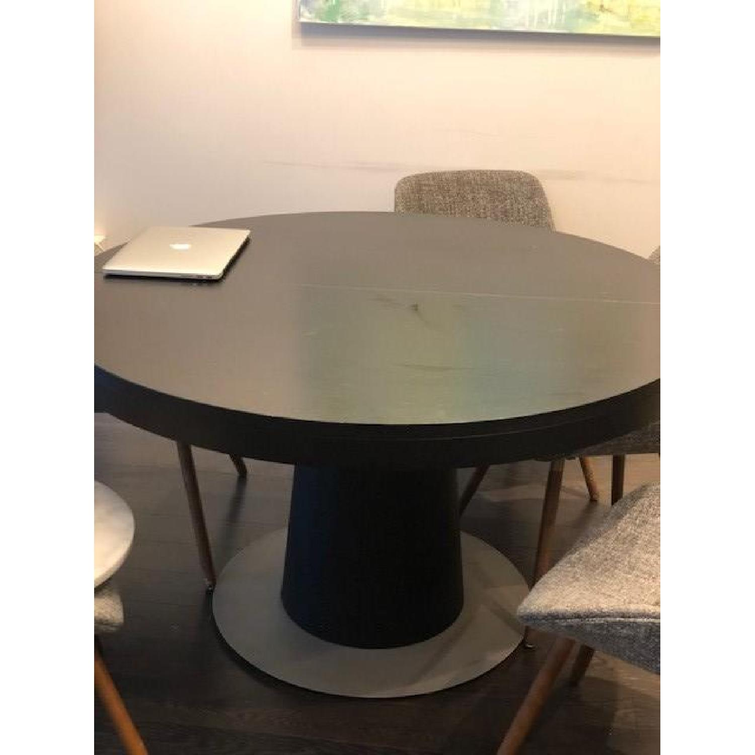 BoConcept Granada Extendable Table w/ 5 Chairs - image-1