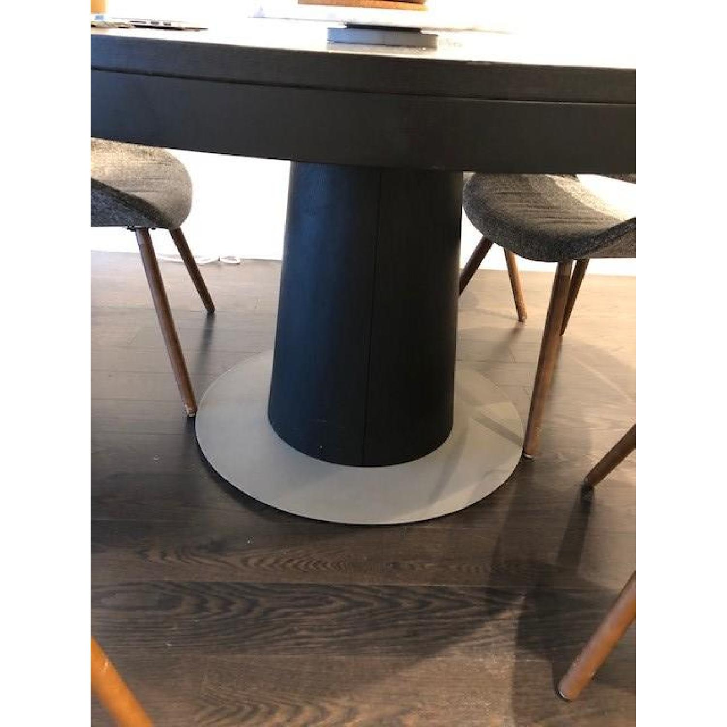 BoConcept Granada Extendable Table w/ 5 Chairs - image-2