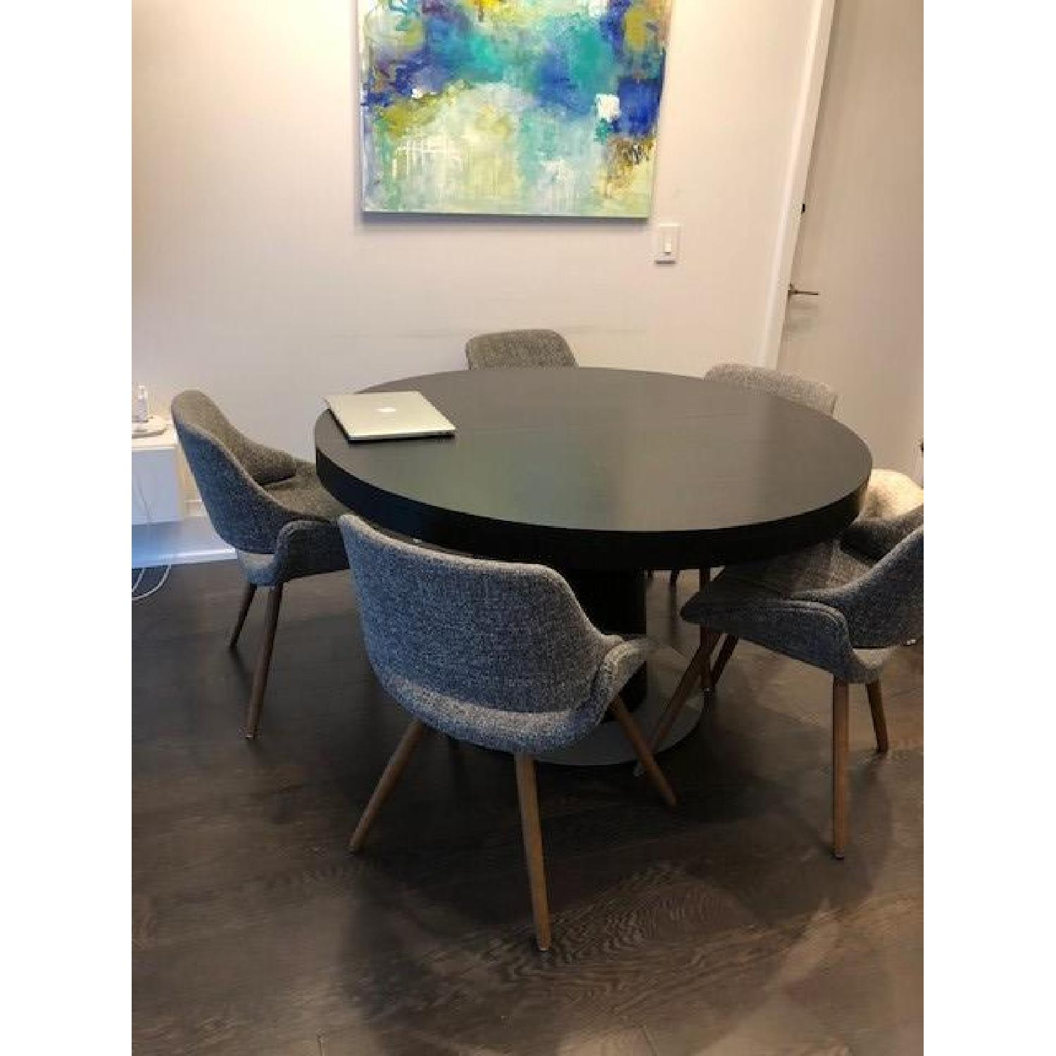 BoConcept Granada Extendable Table w/ 5 Chairs - image-3