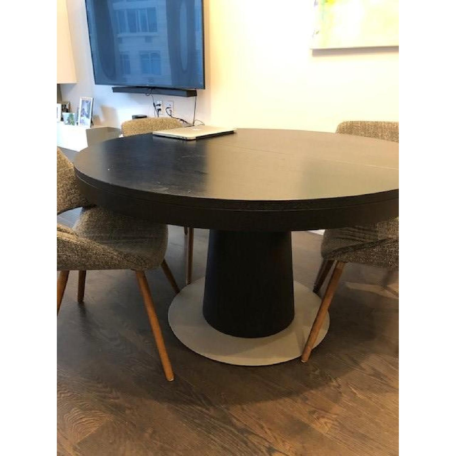 BoConcept Granada Extendable Table w/ 5 Chairs - image-6