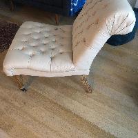 Marvelous Pottery Barn Carolyn Tufted Slipper Chair Aptdeco Creativecarmelina Interior Chair Design Creativecarmelinacom