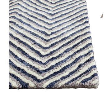 Safavieh Soho Ivory/Navy Rug