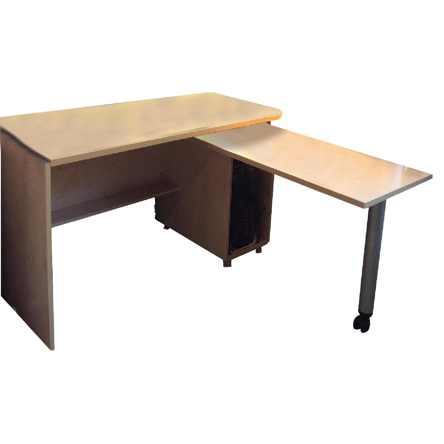 Gautier Furniture Computer Table w/ Pull Out Work Table
