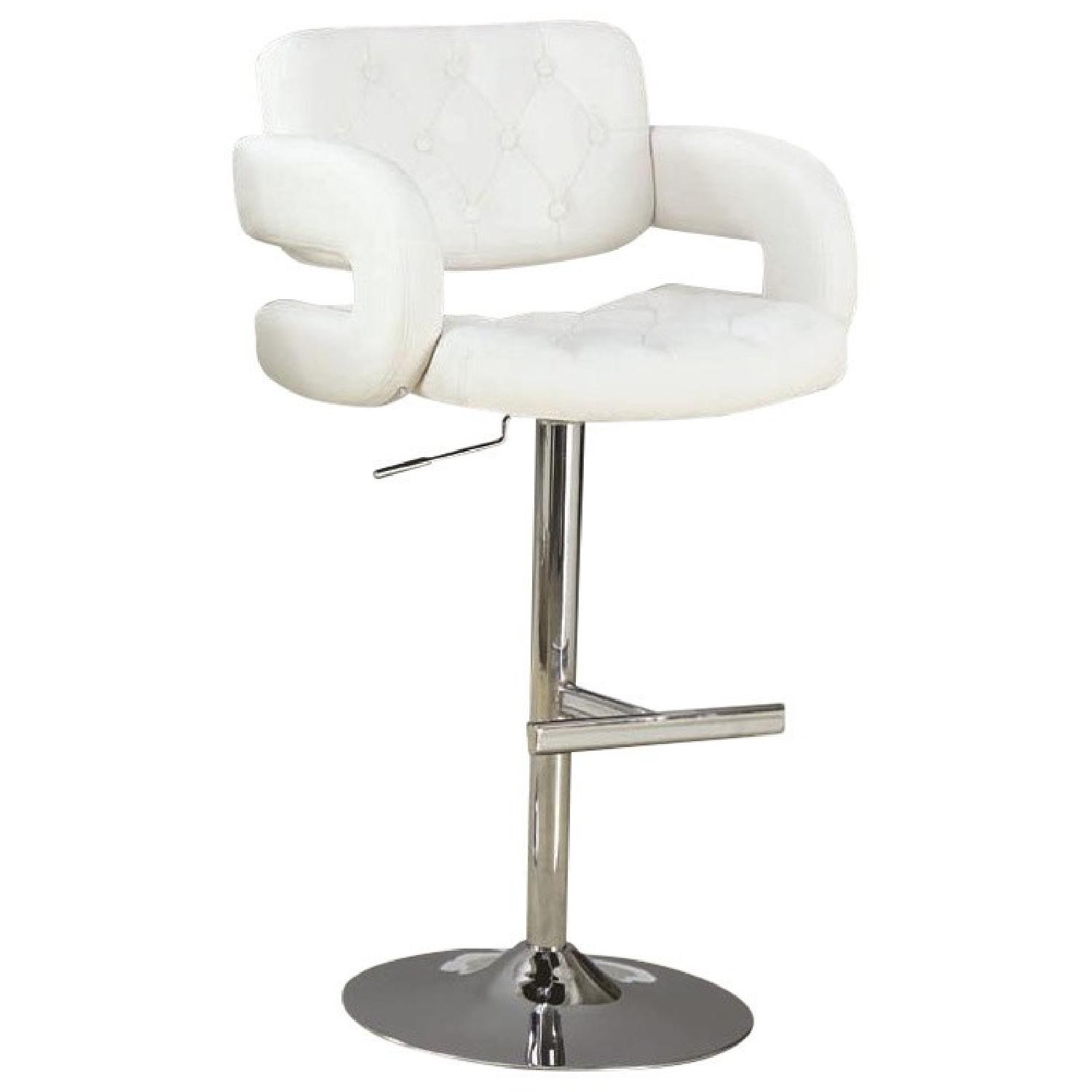 Padded Barstool w/ Tufted Seat/Back & Armrests in White Leat