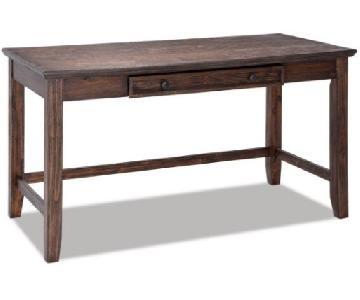 Bob's Trayton Desk