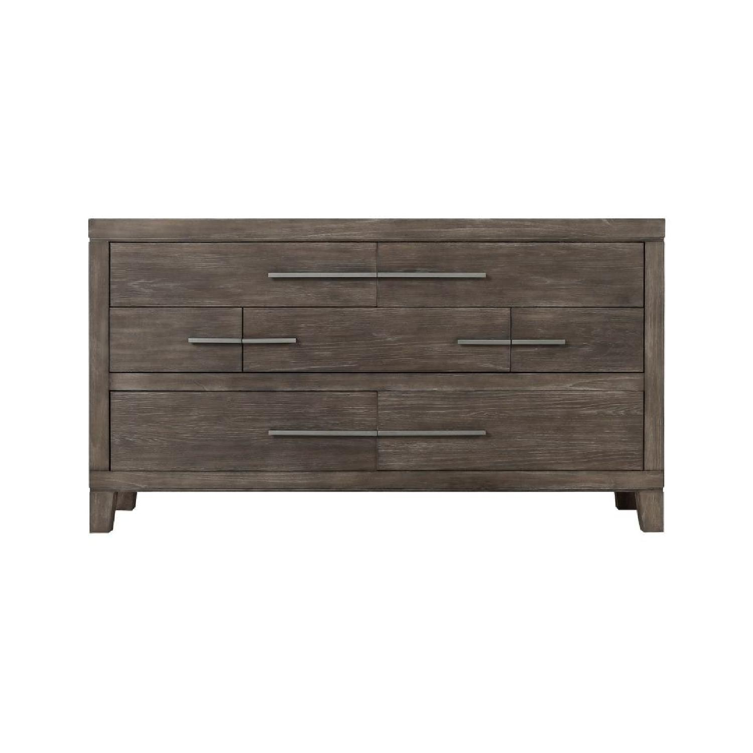 Raymour & Flanigan Rhea Bedroom Dresser