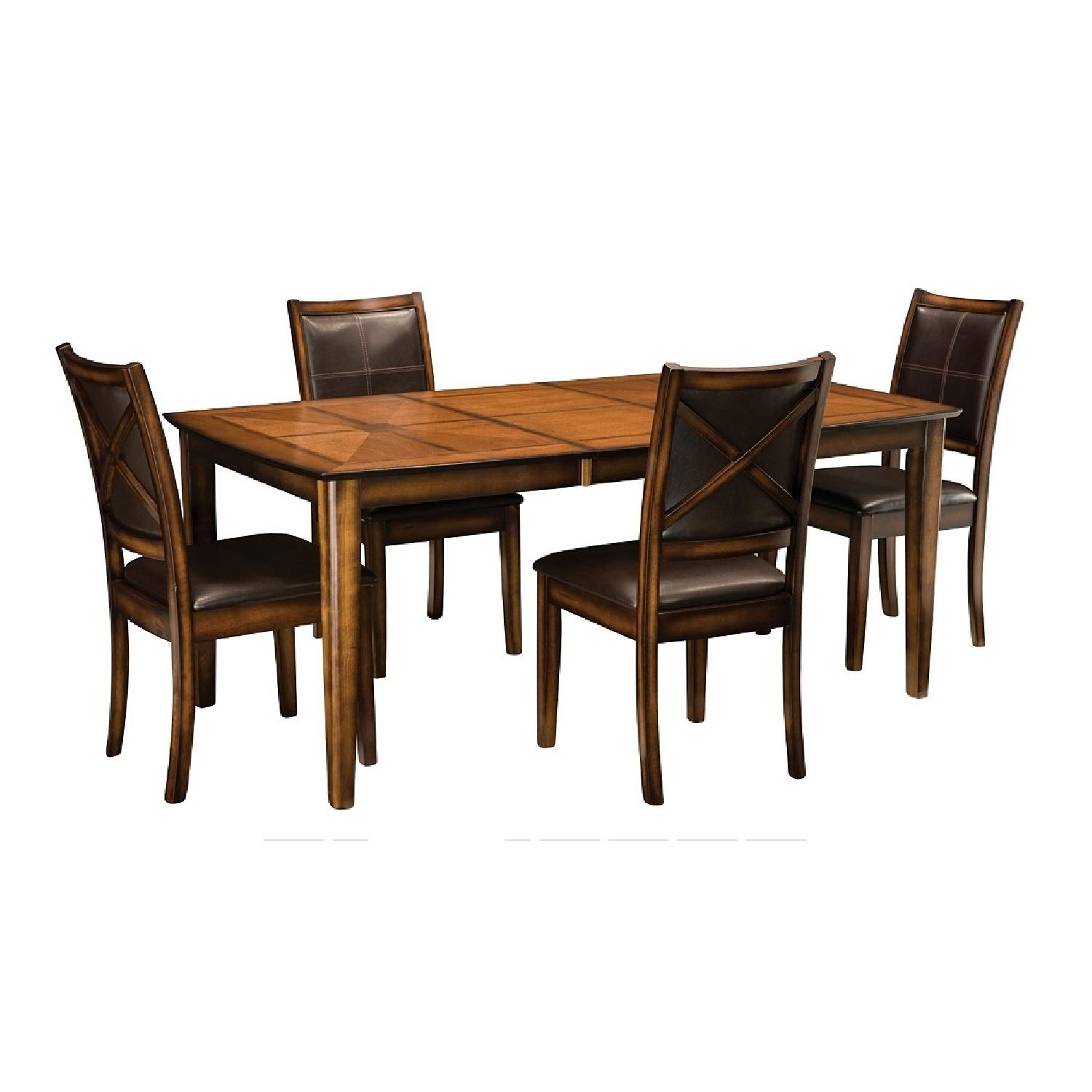 Raymour & Flanigan Denver Expandable 5-Piece Dining Set