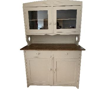Trailer Park Slope Farmhouse Country-Style Hutch