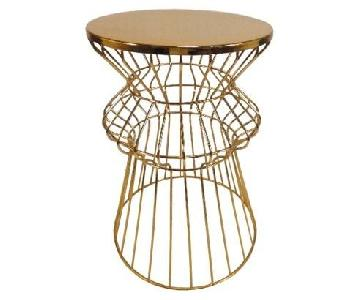 Target Threshold Round Iron Wire Gold Table