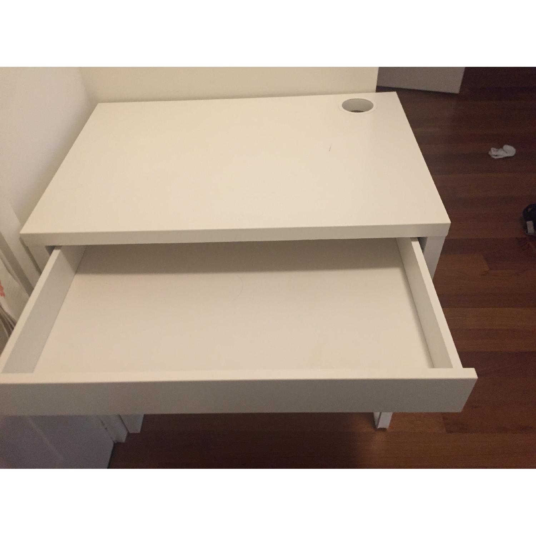 Ikea Micke Desk-2