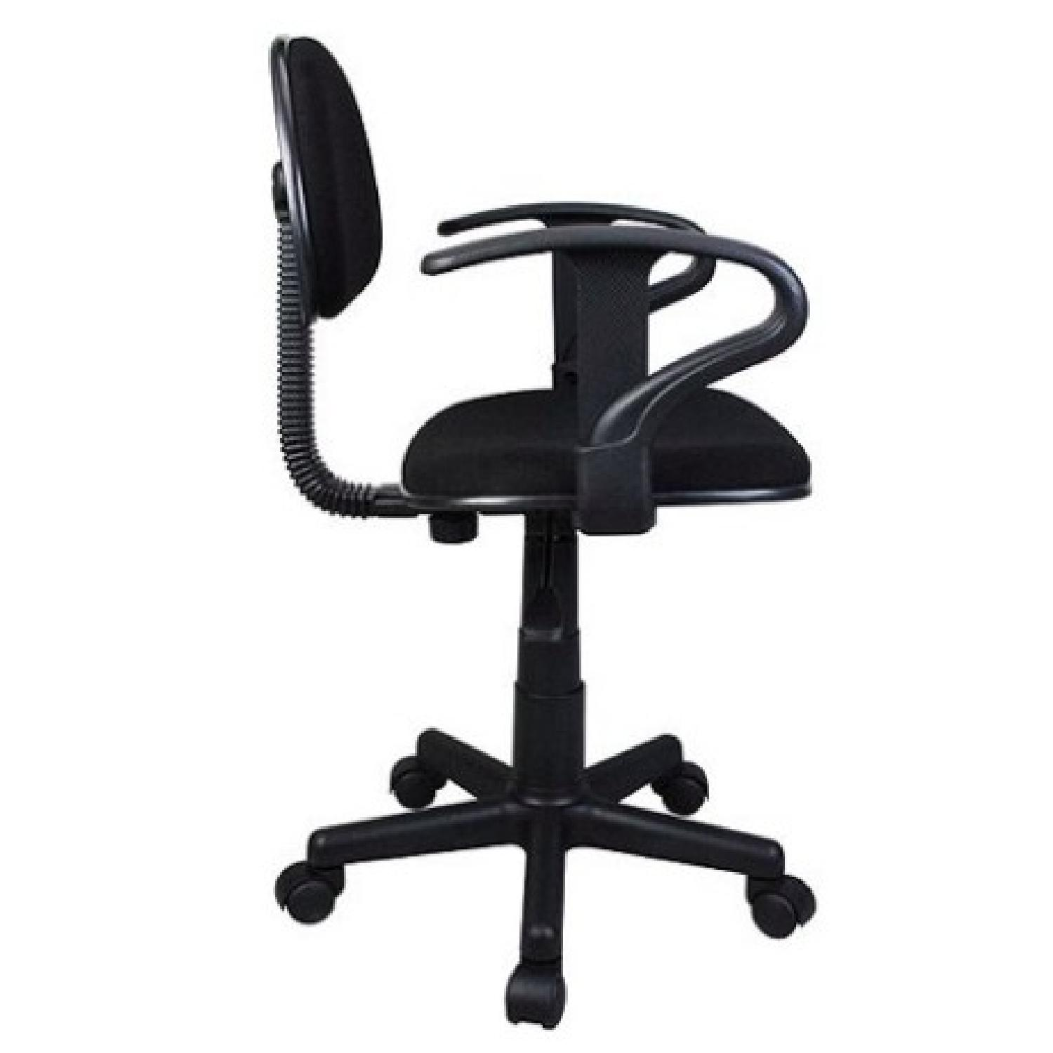 Black Task Chair w/ arms-1
