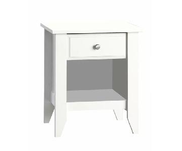Olney 1 Drawer Nightstand