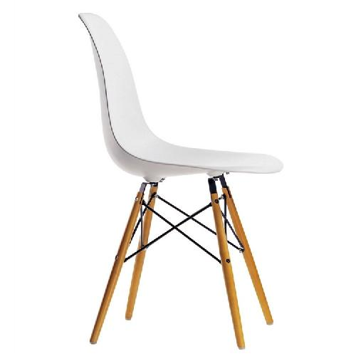 Used Classic Retro Style White Dining Chairs w/ Wood Legs for sale on AptDeco