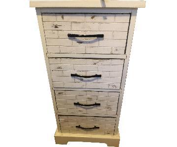 White 4 Drawer Dresser