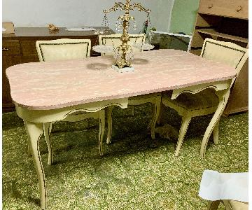 Vintage Kitchen Table w/ 4 Chairs