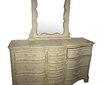 Wood Off-White/Ivory Dresser w/ Mirror