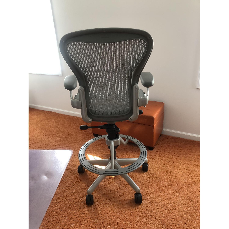 Herman Miller Aeron Stool Chair-1