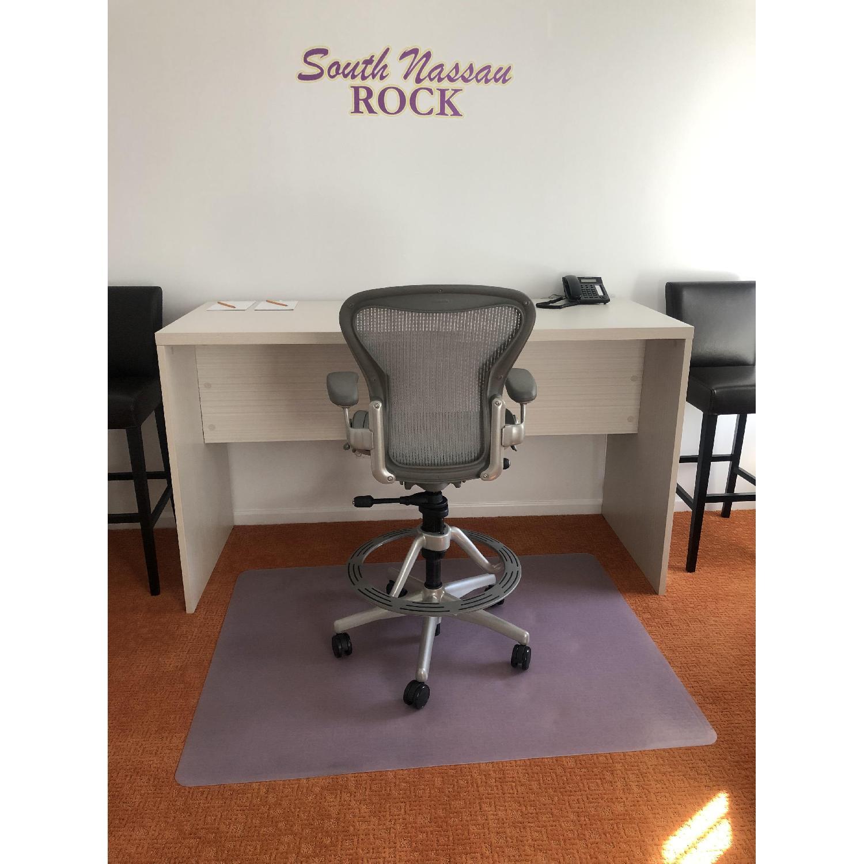 Herman Miller Aeron Stool Chair-2