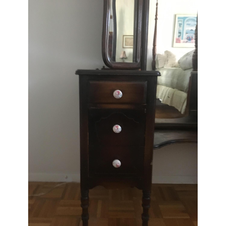Vintage 3 Mirrored Vanity-2