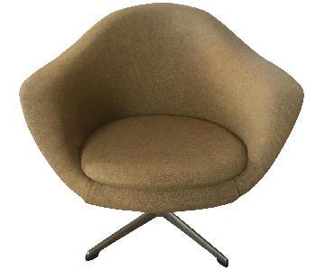 Mobler Mid-Century Danish Swivel Chair.