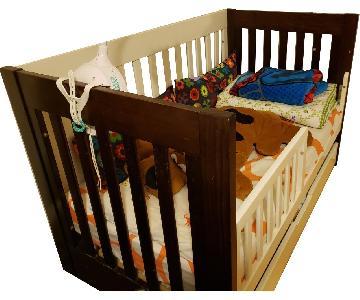 Wood Convertible Crib