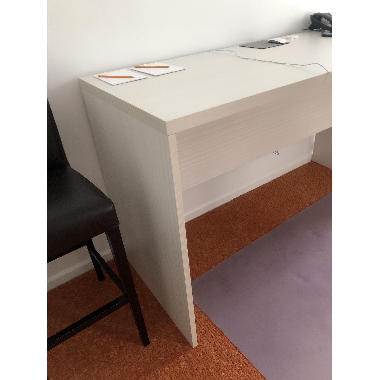 Conversation Table/Desk-0