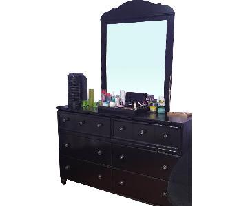 Ashley Dresser w/ Mirror