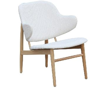 Solid Wood Frame Lounge Chair w/ Curved Back & White Cotton