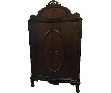 Antique Bedroom Chifferobe