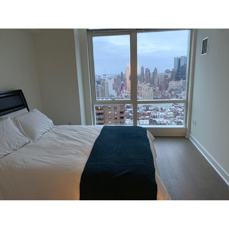 Modern Upholstered King Size Lift-Up Storage Platform Bed-1