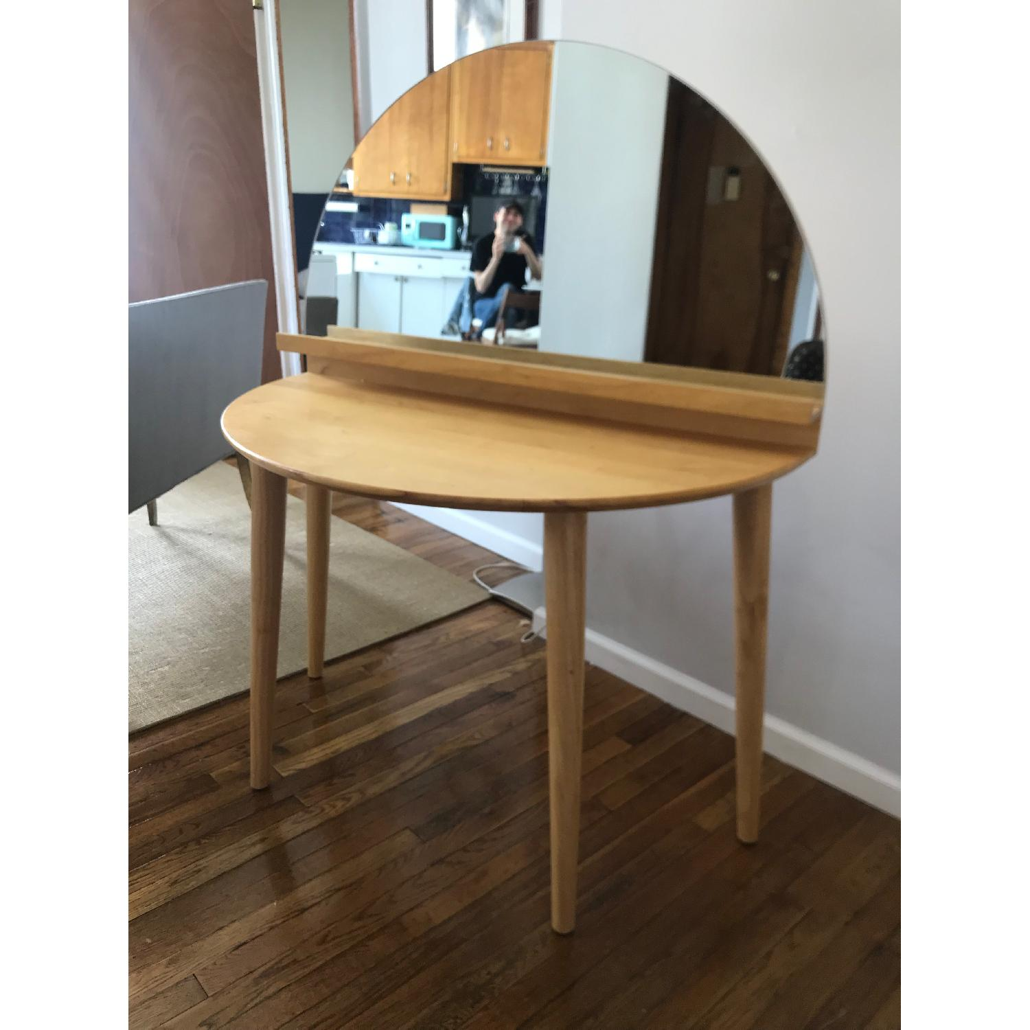 Urban Outfitters Arc Vanity - image-4