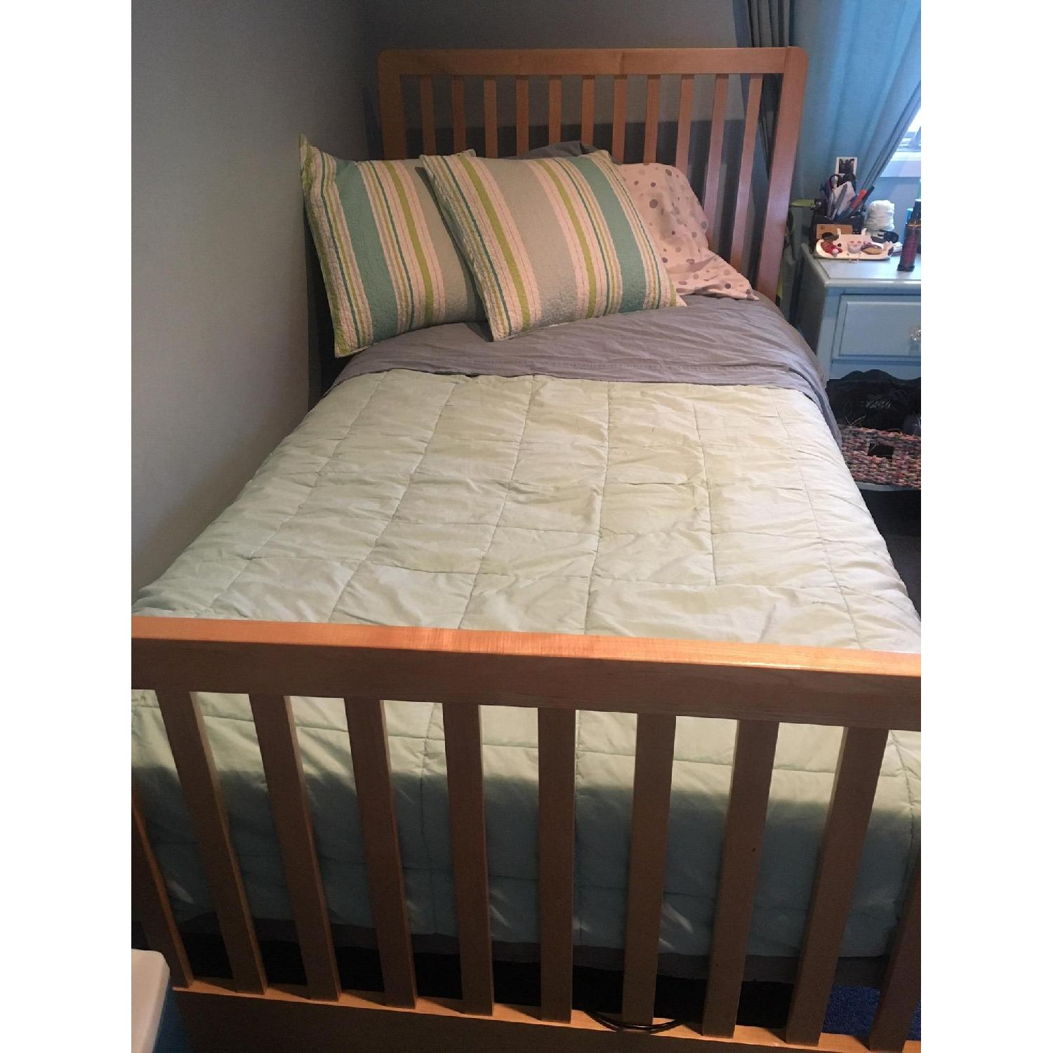 Stanley Twin Size Bed w/ Slatted Base - image-2