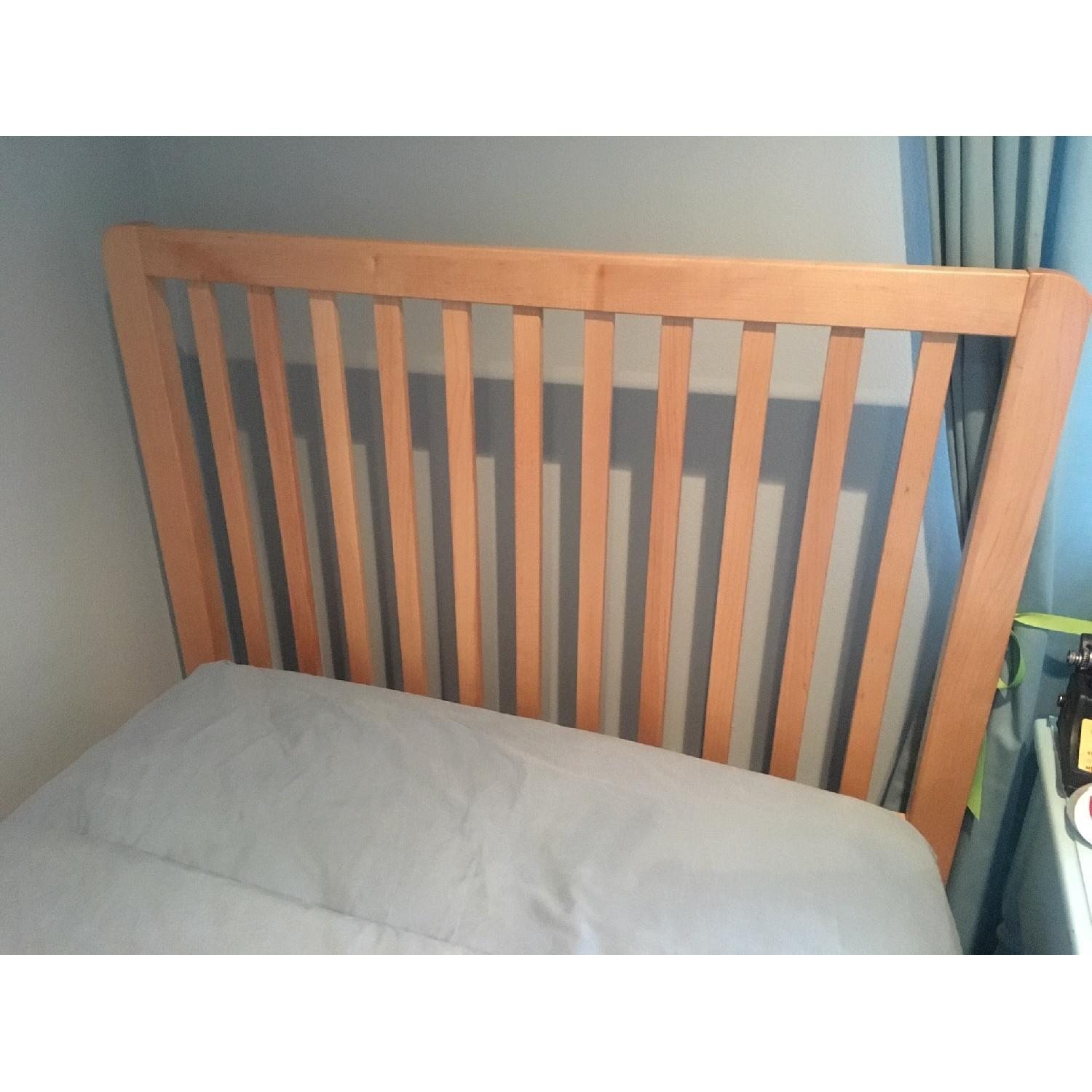 Stanley Twin Size Bed w/ Slatted Base - image-3