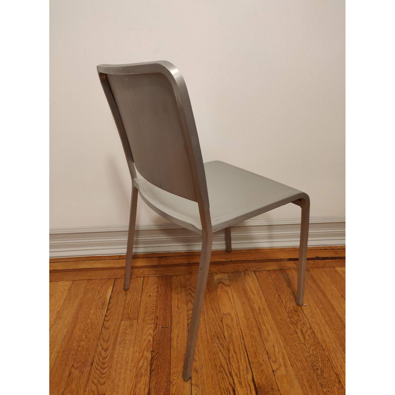 Emeco 20-06 Chairs by Norman Foster - image-3