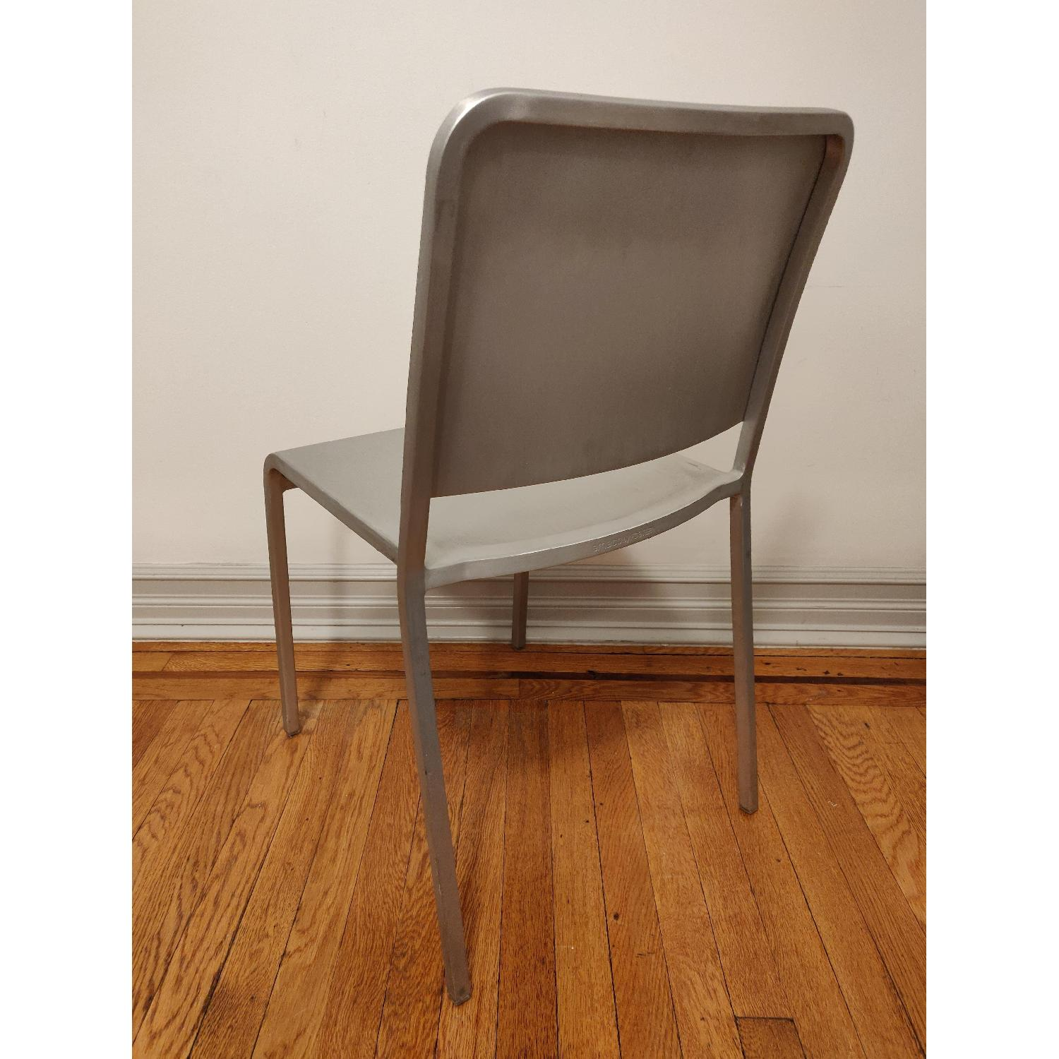Emeco 20-06 Chairs by Norman Foster - image-6