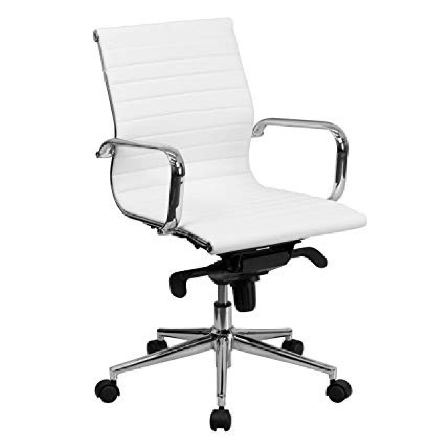 Medium Back Office Chair in White